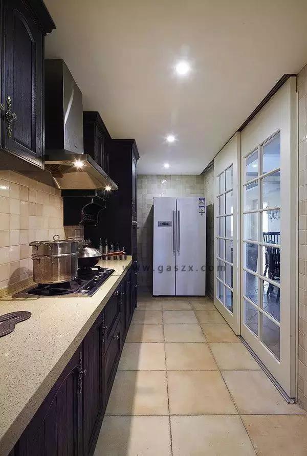 厨房电器安装图
