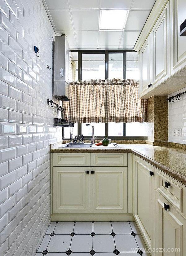 厨房安装燃气热水器1