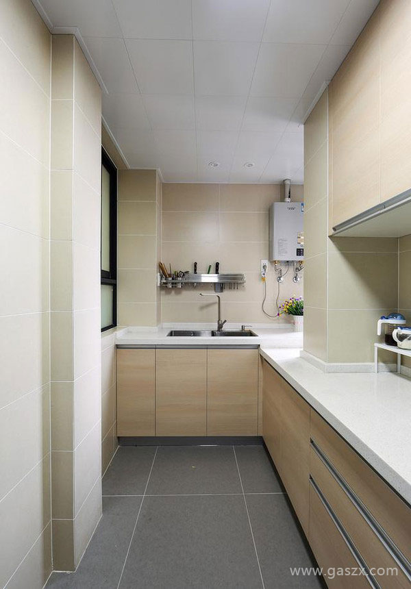 厨房安装燃气热水器2