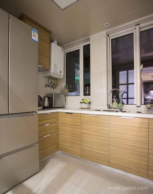 厨房安装燃气热水器3