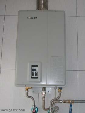 燃气热水器安装图(平衡式)
